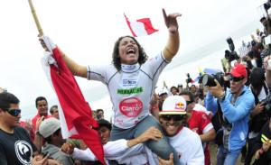 Peruana Analí Gómez se consagró campeona mundial de surf en Punta Rocas